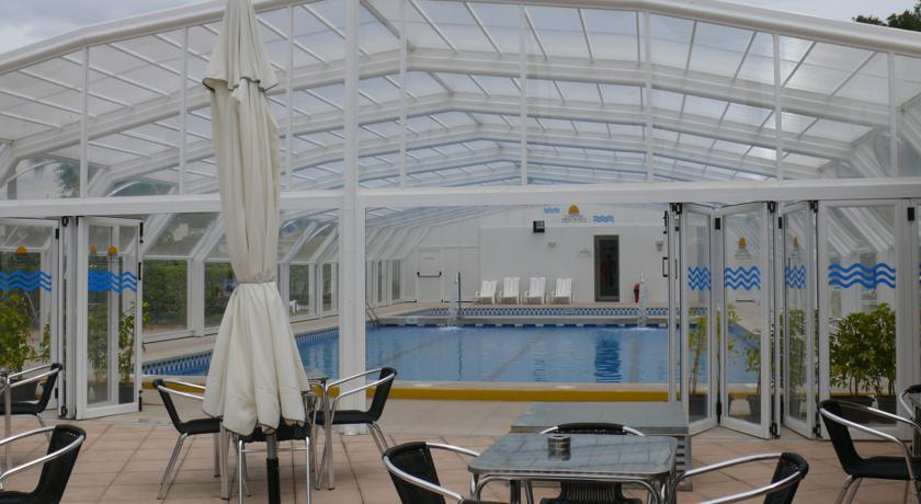 Camping arena blanca hoteles baratos en benidorm for Camping arena blanca