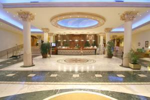 Hoteles familiares baratos en benidorm for Hoteles familiares en benidorm